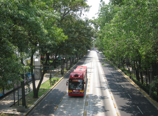Service rapide par bus à Mexico